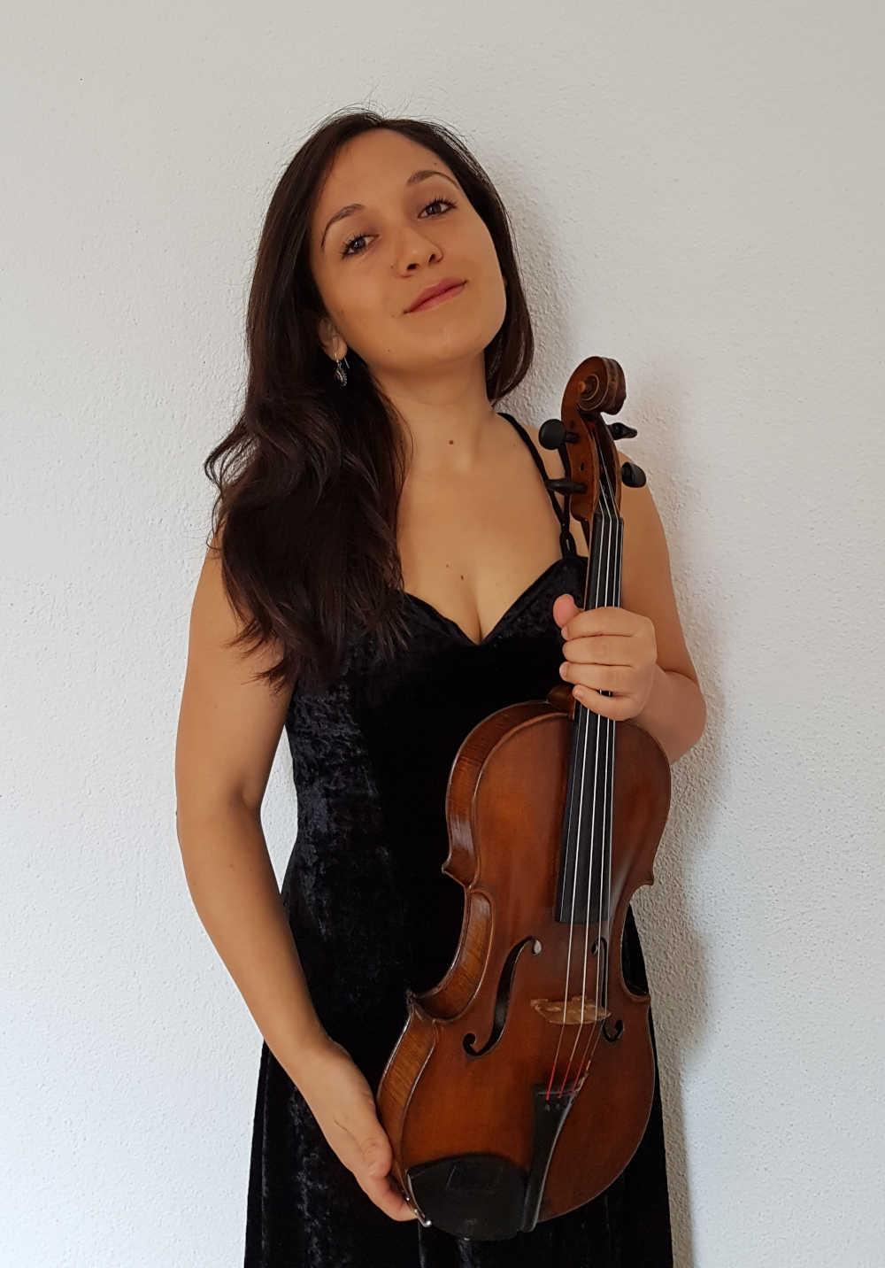 Camila Muñoz (Bratsche)
