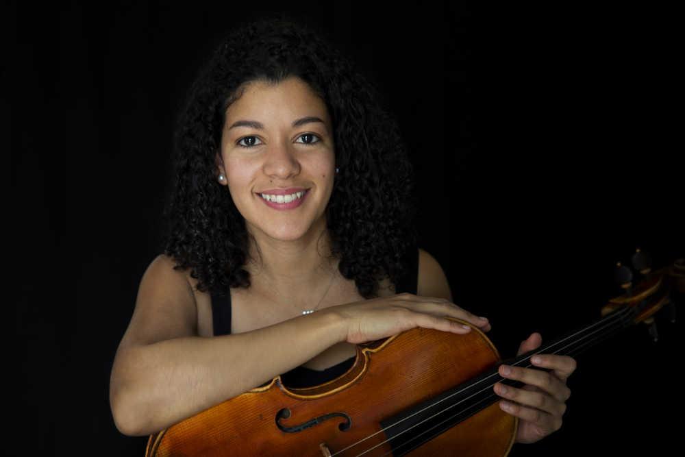 Erika Cedeño (Bratsche)