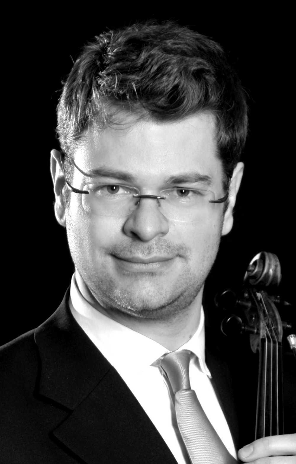 Dr. Fabian Rieser (Violin)
