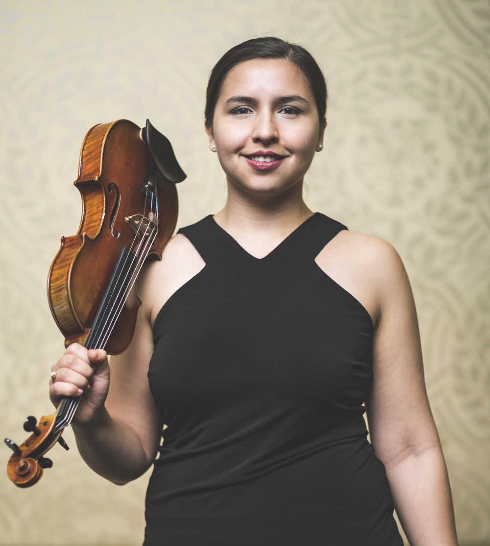 Aurora Méndez (Geige)