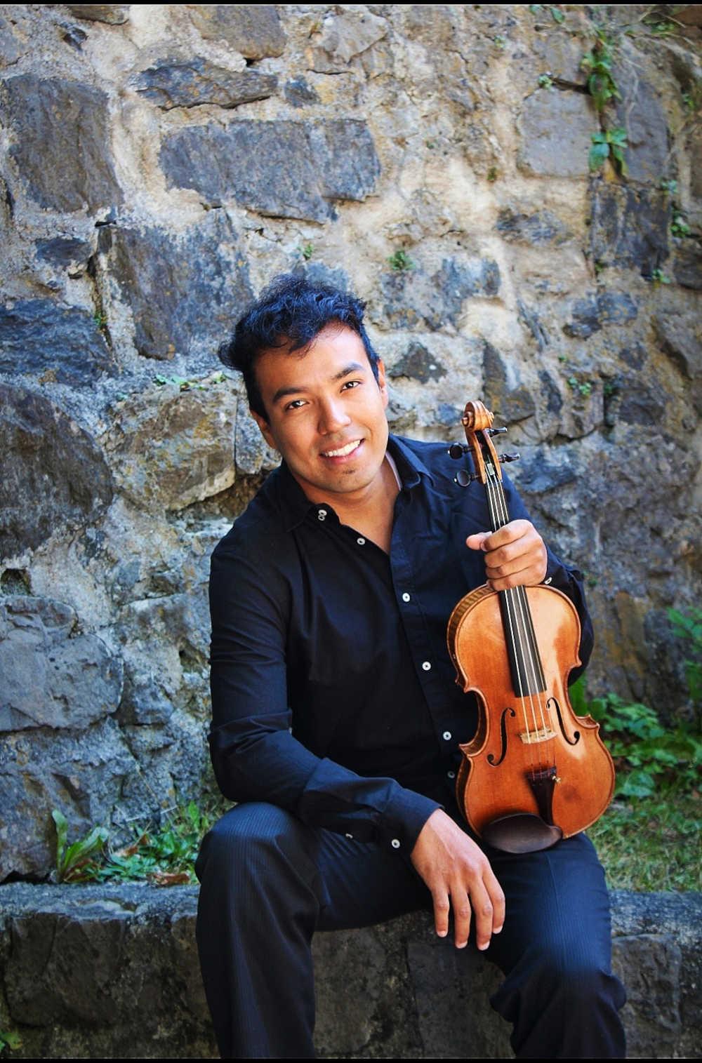 Camilo Sánchez Gómez (Geige)