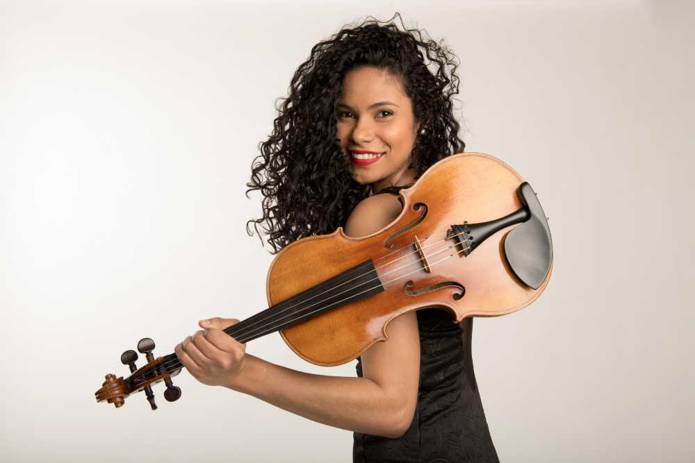 You are currently viewing Geisa Santos (Viola)