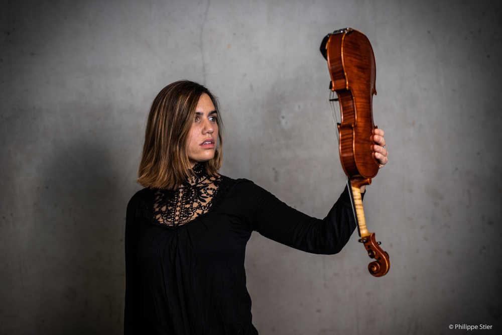 You are currently viewing Oleńka Cygan (Geige)