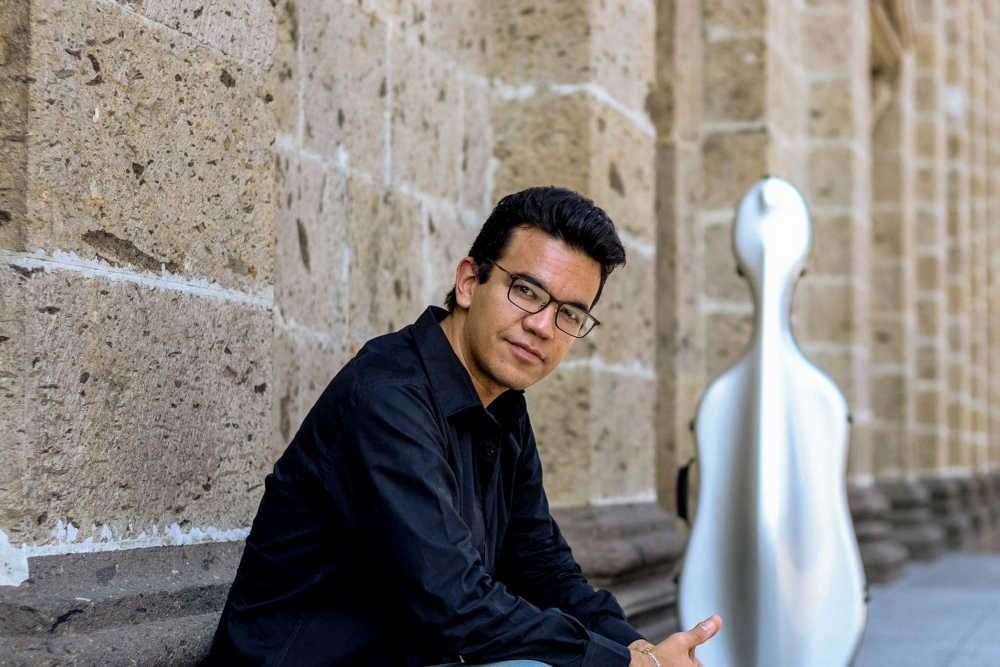 You are currently viewing Rolando Fernandez Lara (Cello)